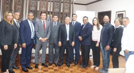Comitiva de República Dominicana recibe capacitación en Dinapi sobre remuneración compensatoria por copia privada.